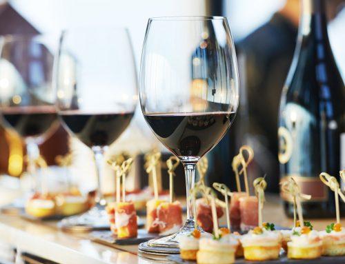 Weinprobe zur Eröffnung